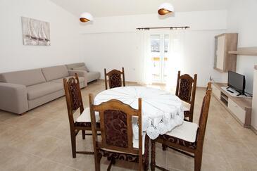 Pag, Salon dans l'hébergement en type apartment, climatisation disponible et WiFi.
