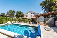 Family friendly apartments with a swimming pool Sveti Anton (Krk) - 5291