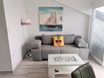 Njivice, Obývacia izba 1 v ubytovacej jednotke apartment, WIFI.
