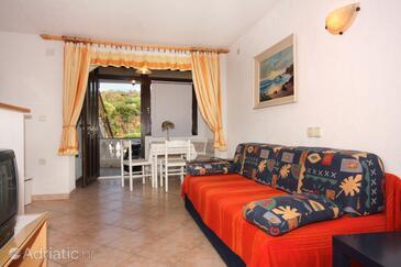 Vrbnik, Obývací pokoj v ubytování typu apartment, domácí mazlíčci povoleni a WiFi.