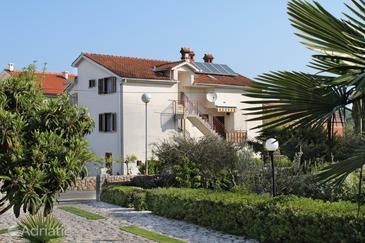 Malinska, Krk, Property 5303 - Apartments and Rooms with pebble beach.