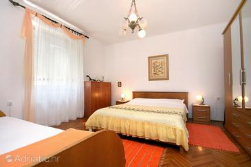 Pag, Bedroom in the room, dostupna klima i WIFI.