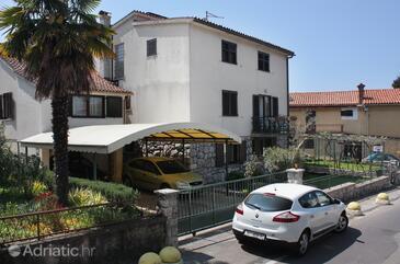 Njivice, Krk, Property 5311 - Apartments near sea with pebble beach.