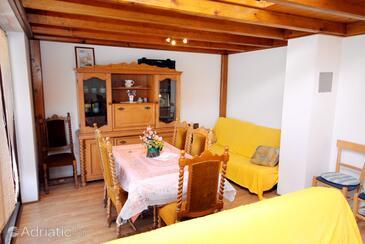 Punat, Obývací pokoj 1 v ubytování typu apartment, WiFi.