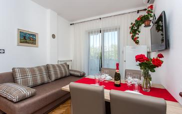 Baška, Camera di soggiorno nell'alloggi del tipo apartment, condizionatore disponibile e WiFi.