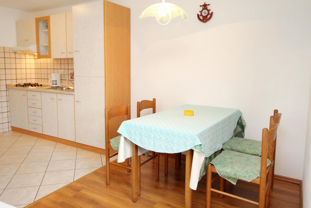 Ferienwohnung im Ort Punat (Krk), Kapazität 2+2 (2143522), Punat, Insel Krk, Kvarner, Kroatien, Bild 3