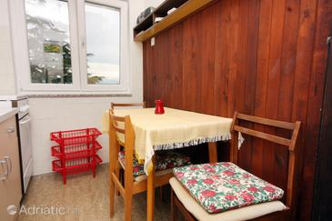 Vantačići, Столовая в размещении типа apartment, WiFi.