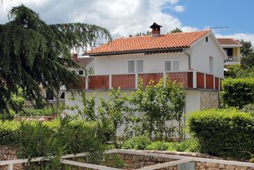 Vantačići, Krk, Objekt 5347 – Apartmaji v bližini morja.