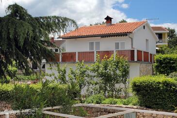 Vantačići, Krk, Property 5347 - Apartments by the sea.