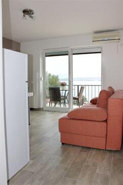 Vantačići, Living room in the apartment, dostupna klima, dopusteni kucni ljubimci i WIFI.