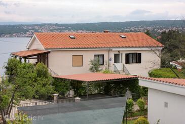 Vantačići, Krk, Property 5349 - Apartments by the sea.