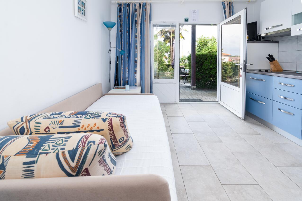 ferienwohnung im ort punat krk kapazit t 2 1. Black Bedroom Furniture Sets. Home Design Ideas