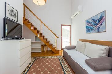 Vantačići, Dnevna soba v nastanitvi vrste apartment, dostopna klima in WiFi.