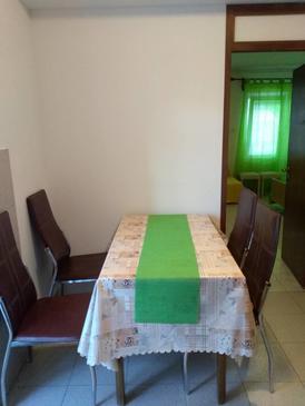 Krk, Dining room in the apartment, dopusteni kucni ljubimci i WIFI.