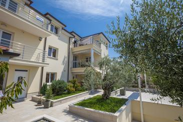 Selce, Crikvenica, Объект 5367 - Апартаменты вблизи моря.