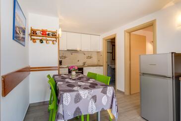 Mali Lošinj, Jídelna v ubytování typu apartment, s klimatizací a WiFi.