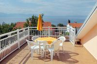 Apartments and rooms with parking space Njivice (Krk) - 5398