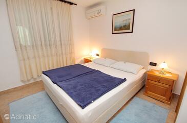 Baška, Bedroom in the room, dopusteni kucni ljubimci.
