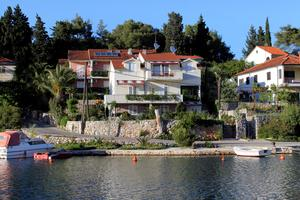Apartments by the sea Vrboska (Hvar) - 541