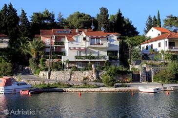 Vrboska, Hvar, Property 541 - Apartments near sea with rocky beach.