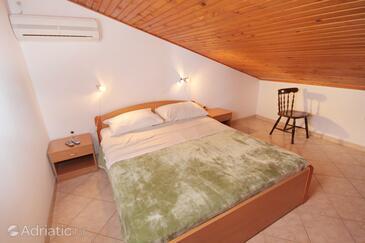 Baška, Bedroom in the room, dopusteni kucni ljubimci i WIFI.