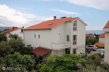 Krk, Krk, Objekt 5424 - Apartmani sa šljunčanom plažom.