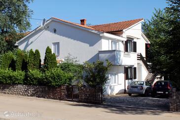 Vantačići, Krk, Alloggio 5425 - Appartamenti affitto con la spiaggia ghiaiosa.
