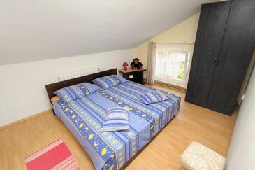 Njivice, Chambre dans l'hébergement en type room, WiFi.