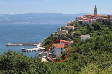 Vrbnik, Krk, Obiekt 5459 - Apartamenty przy morzu ze żwirową plażą.