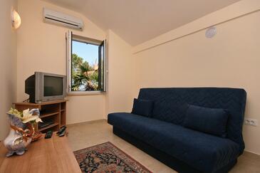 Malinska, Pokój dzienny w zakwaterowaniu typu apartment, dostupna klima i WIFI.