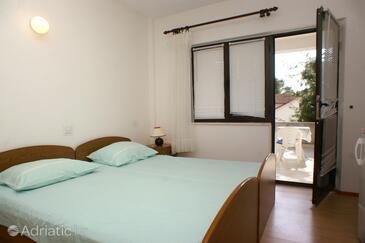 Bedroom 3   - A-547-b