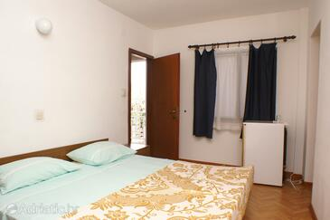 Zavalatica, Bedroom in the room, air condition available and WiFi.