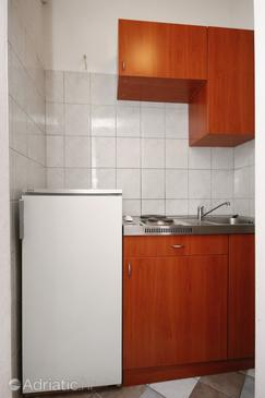 Selce, Kitchen in the studio-apartment, WIFI.