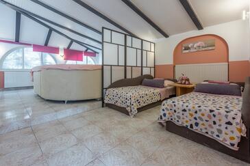 Crikvenica, Pokój dzienny w zakwaterowaniu typu apartment, dostupna klima, dopusteni kucni ljubimci i WIFI.