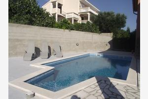Apartments with a swimming pool Novi Vinodolski - 5479