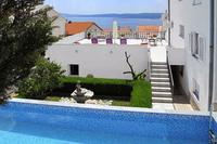 Family friendly apartments with a swimming pool Цриквеница - Crikvenica - 5489
