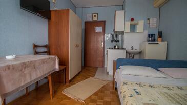 Crikvenica, Столовая в размещении типа room, Домашние животные допускаются и WiFi.