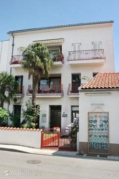 Selce, Crikvenica, Property 5497 - Apartments near sea with sandy beach.