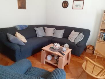 Selce, Wohnzimmer in folgender Unterkunftsart apartment, Klimaanlage vorhanden und WiFi.