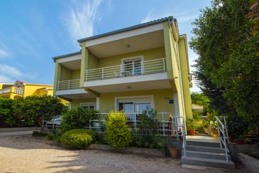 Crikvenica, Crikvenica, Property 5499 - Apartments with sandy beach.