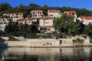 Medvinjak, Korčula, Property 550 - Apartments by the sea.