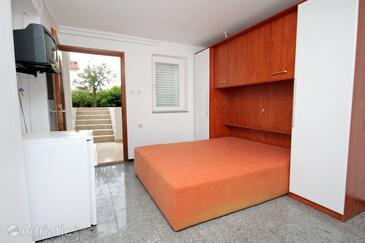 Krk, Спальня в размещении типа room, Домашние животные допускаются и WiFi.