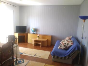 Klenovica, Obývacia izba v ubytovacej jednotke apartment, WiFi.