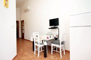 Vrboska, Dining room in the apartment, WiFi.