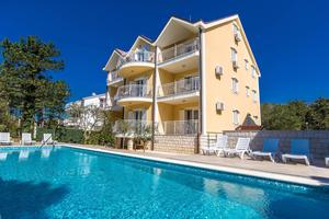 Apartments with a swimming pool Jadranovo, Crikvenica - 5521