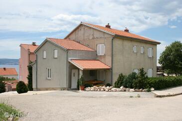 Novi Vinodolski, Novi Vinodolski, Objekt 5529 - Ubytování s oblázkovou pláží.