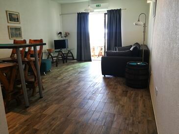 Zavala, Salon dans l'hébergement en type apartment, climatisation disponible, animaux acceptés et WiFi.