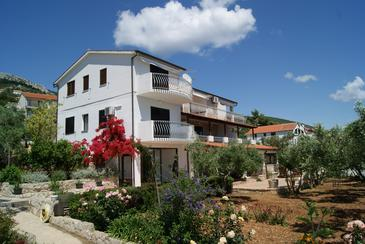 Zavala, Hvar, Property 553 - Apartments near sea with pebble beach.