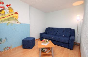 Klenovica, Obývací pokoj v ubytování typu apartment, WiFi.