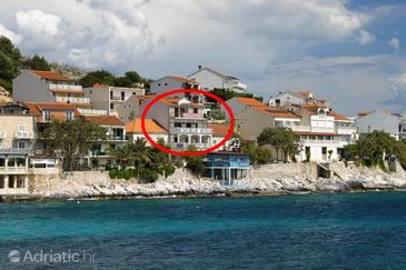 Milna, Hvar, Property 554 - Apartments near sea with pebble beach.
